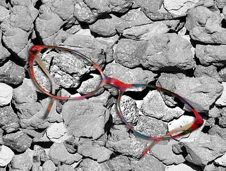 Neue Brille? So wird sie zum modischen Accessoire
