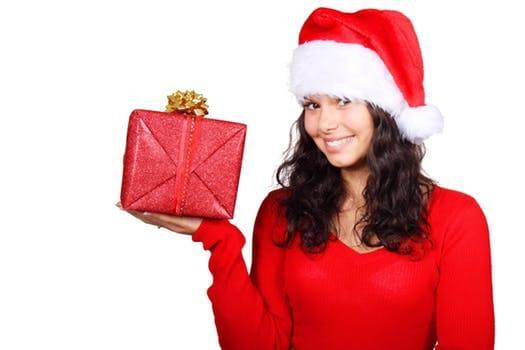 Welches Outfit für die Weihnachtsfeier in deiner Firma?